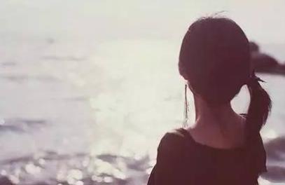 张小娴经典爱情语录 凡事皆有代价,快乐的代价便是痛苦